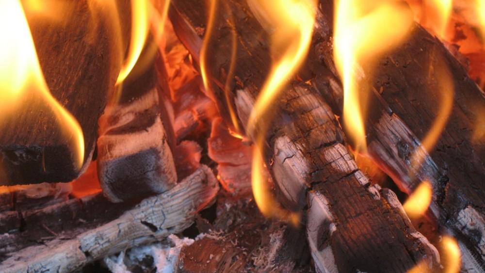 fuego fire lume