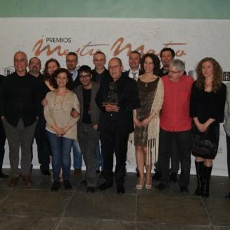 Todos os seus alumnos entregaronlle o premio de Honra Fernando Rey a Manolo González.