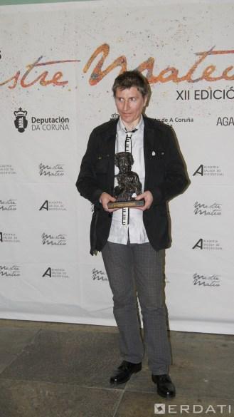 "Polémico premio ao mellor videoclip a Piti Sanz, por ""Canto de una sirena""."