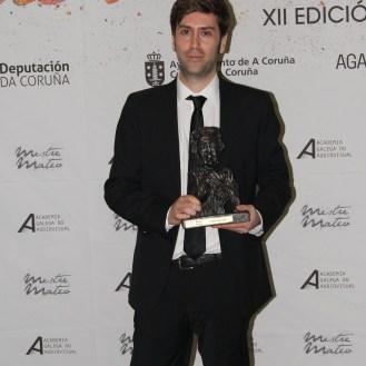 """Segunda vez que Alejandro Marzoa pasaba polo photocall dos gañadores, esta vez pola mellor dirección na longametraxe """"Somos xente honrada""""."""