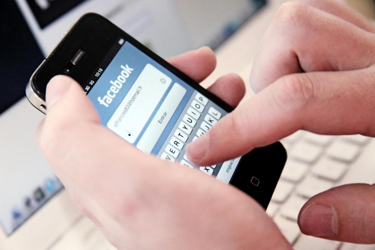 Es un adicto as redes sociais? Comproba se tes algún dos 10 síntomas